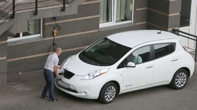 """""""Украина - страна образец"""": автовладельцы все активнее пересаживаются на электрокары"""