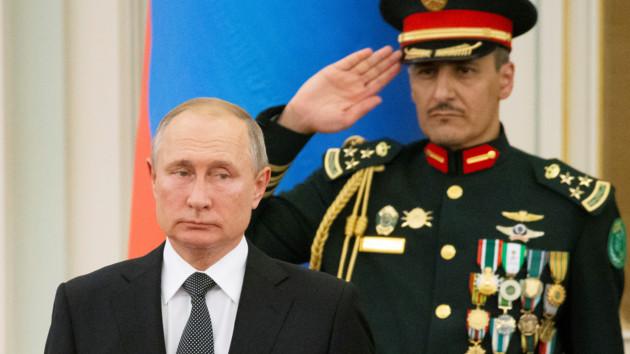 Не пинайте трубача, он играет, как умеет: исполнение гимна России перед Путиным развеселило соцсети