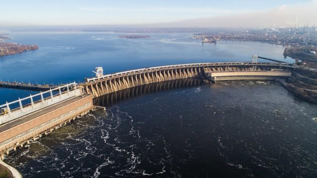 Срок эксплуатации старейшей плотины ГЭС на Днепре увеличат на 50 лет
