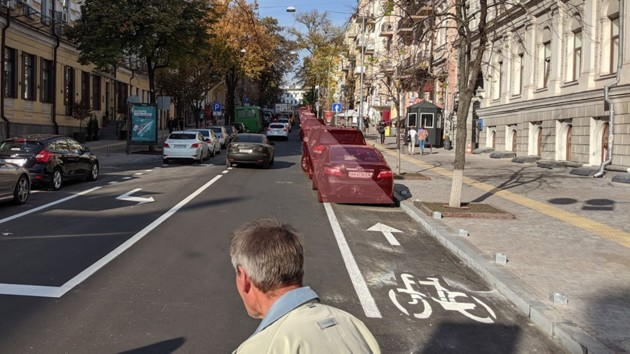 Вокруг велодорожки в центре Киева снова вспыхнул скандал
