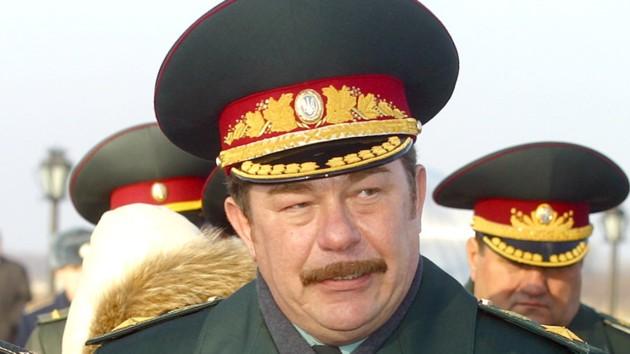 Зеленский уволил с военной службы экс-министра обороны