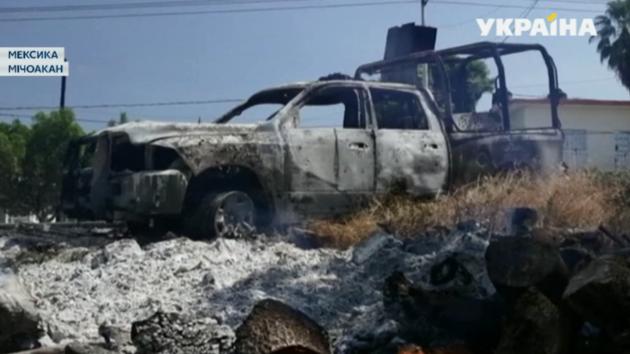 В Мексике расстреляли отряд полицейских: 14 погибло, трое ранены