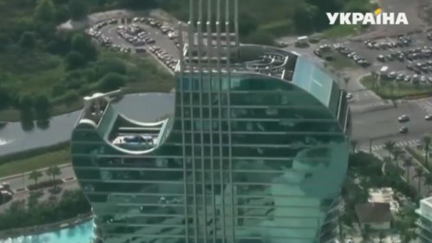 Во Флориде открылся роскошный отель в форме гитары – видео
