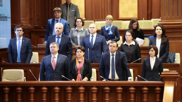 Правительство Молдовы. Фото: REUTERS/Vladislav Culiomza