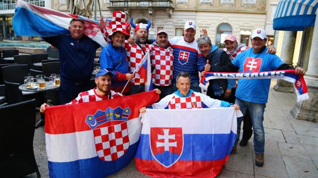 Болельщики Хорватии и Словакии