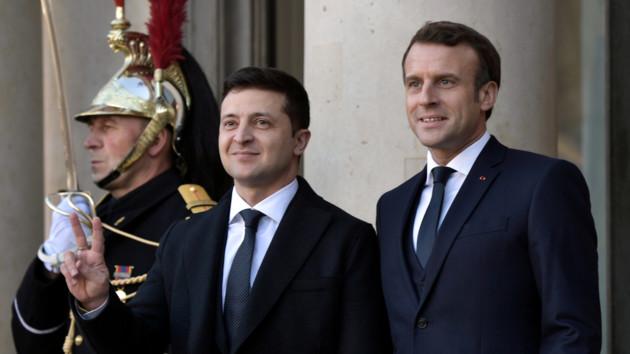 REUTERS/Ian Langsdon, Alexey Nikolsky
