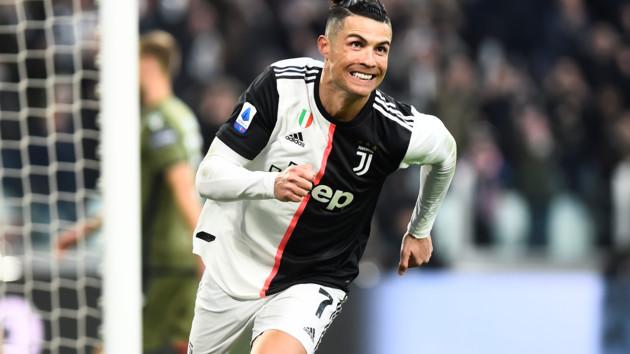 Роналду впервые забил три мяча в Италии