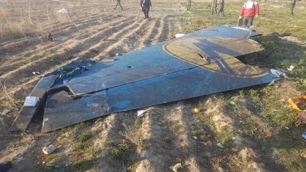 Коронавирус помешал расследованию авиакатастрофы под Тегераном: что произошло