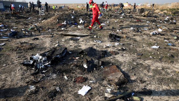 """В Иране объяснили, почему до сих пор не передали """"черные ящики"""" сбитого самолета МАУ"""