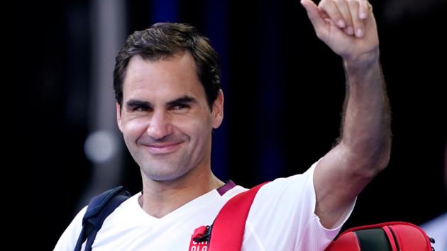 Один из лучших теннисистов планеты в стильной шляпе запустил челлендж, вызвав Роналду и Надаля