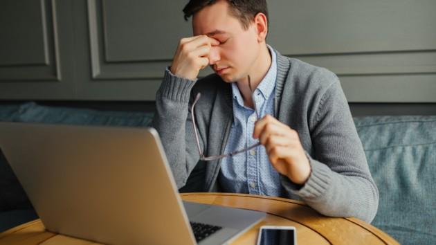Работодатели могут подавать заявления для оплаты больничных и декретных онлайн