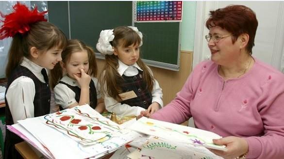 В Киеве возобновляют прием в детские садики и школы