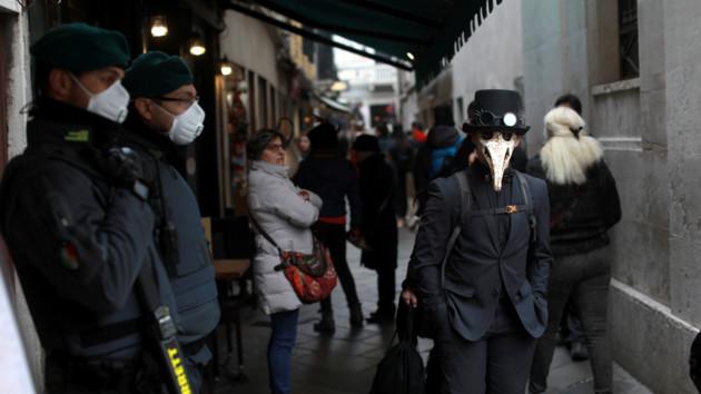 Медицинская маска: какие виды действительно защищают от вирусов