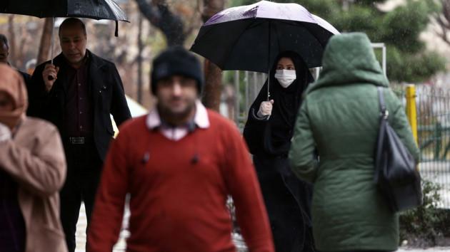 В Иране из-за боязни коронавируса подожгли больницу с людьми