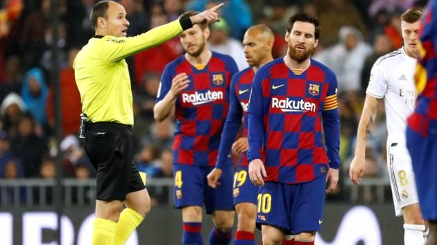 """Скандал в """"Барселоне"""": клуб хочет подать в суд на бывшего вице-президента"""