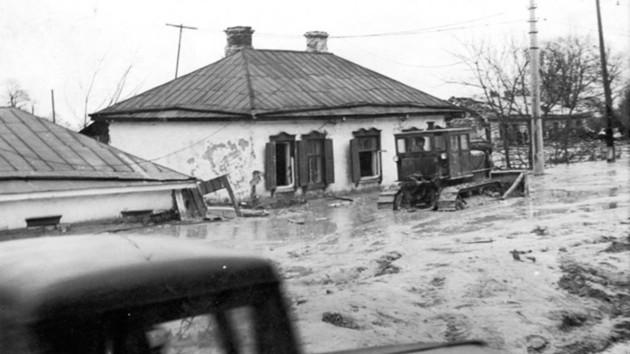 59 лет спустя. В Киеве чтят память жертв Куреневской трагедии