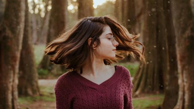 Лунный календарь стрижек на апрель 2020: когда можно стричь волосы