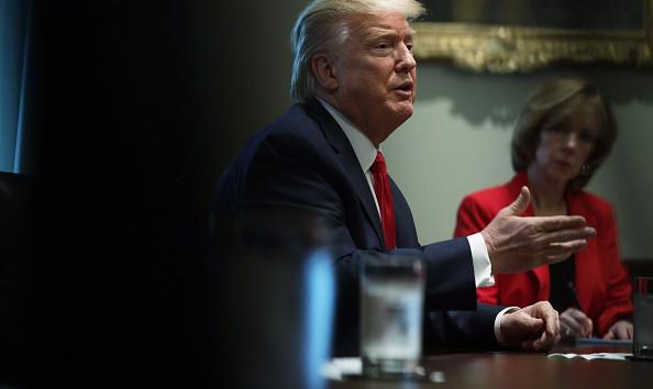 Трамп: США проводят больше всех тестов на коронавирус