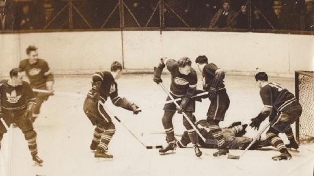 День в истории спорта: сегодня – 84 года самому длинному матчу НХЛ, во время которого судья проспал гол