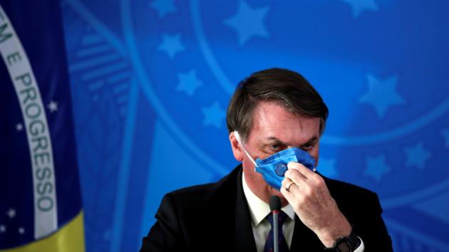 Политический скандал в Бразилии и ослабление карантина в Польше: как мир борется с коронавирусом
