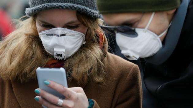 Коронавирус в Украине: люди каких возрастов болеют чаще остальных
