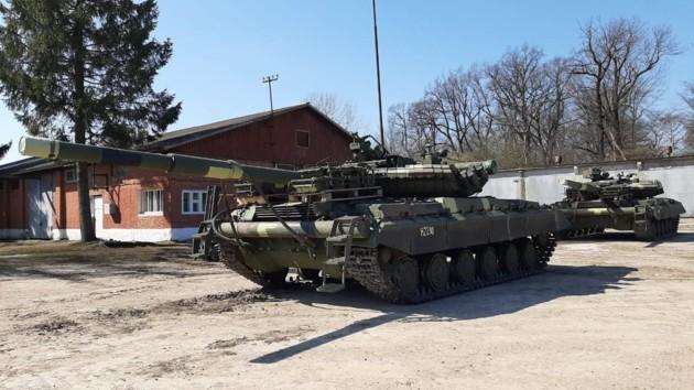 ВСУ получили новую партию танков: фото