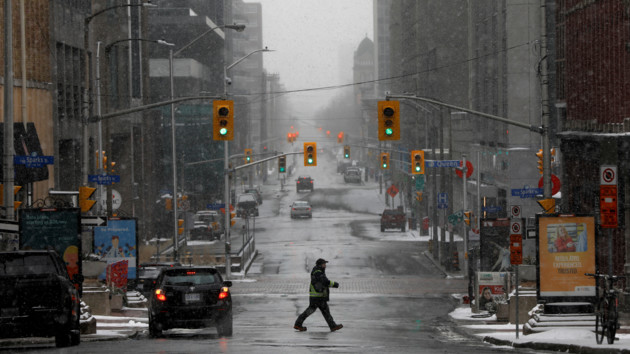 Число умерших в Канаде достигло сотни