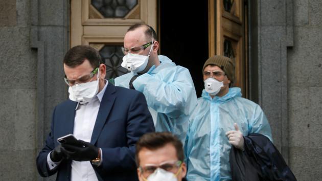 Рада приняла закон, который поможет украинцам пережить пандемию