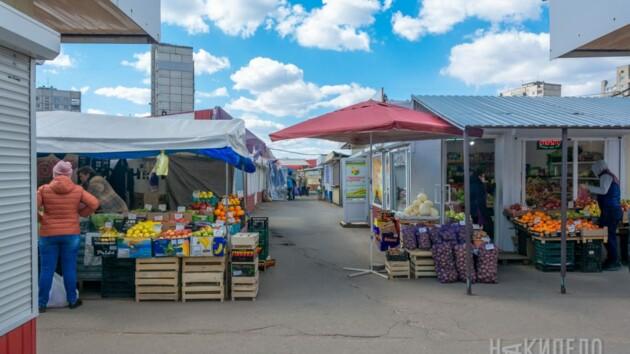 В Житомире с 1 мая откроются рынки, кафе и парикмахерские