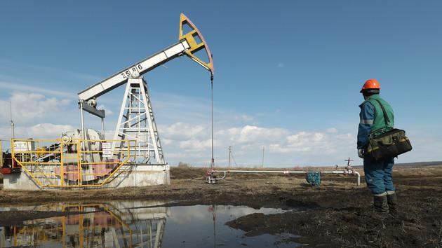 Нефть под давлением: мировые цены развернулись вниз