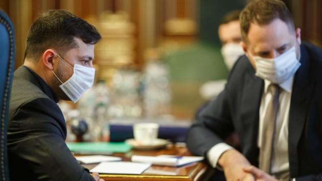 Зеленский отчитался о том, сколько медицинских средств было доставлено в Украину для борьбы с коронавирусом