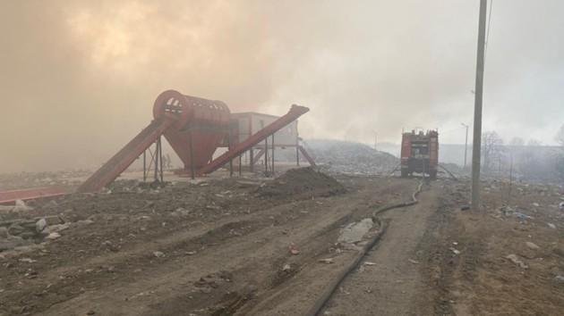 Во Львовской области горит Новояворовская мусорная свалка