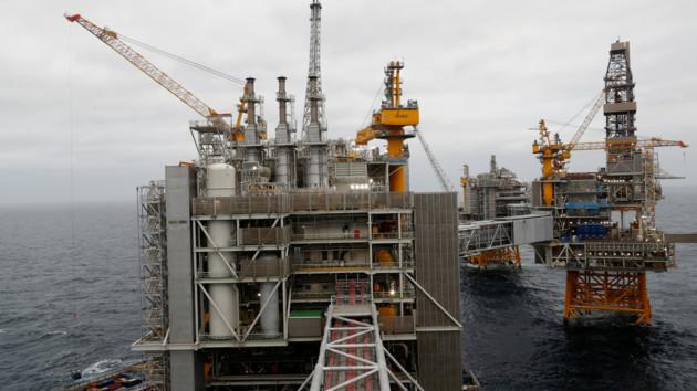 Саудовская Аравия снизит добычу нефти на миллион баррелей