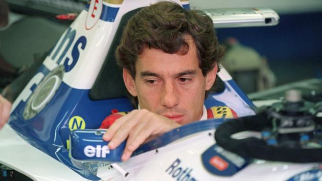 """Последний поворот """"Человека дождя"""": 26 лет назад в Сан-Марино разбился легендарный гонщик Ф-1 Сенна"""