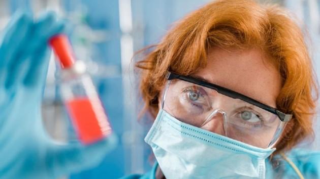 Американская разведка проверяет версию о распространении коронавируса из лаборатории в Ухане