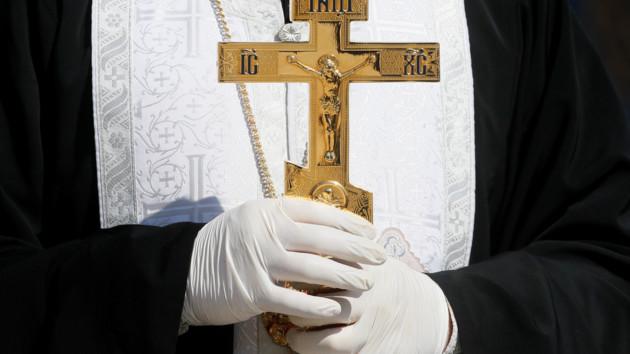 Церкви и кладбища под запретом: где в Украине введены ограничения на Пасху