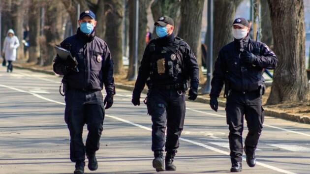 В Винницкой области коронавирусом массово заразились полицейские: в каком они состоянии
