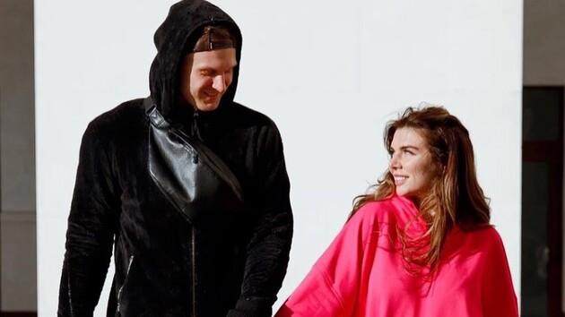В одном белье: Анна Седокова впечатлила эротическим снимком со своим мужчиной