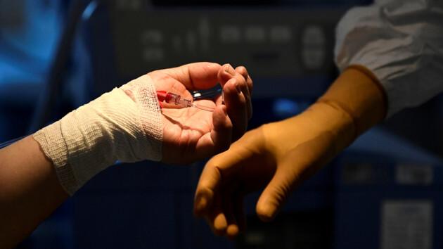 """""""Настоящее чудо"""": столетняя пациентка победила коронавирус"""