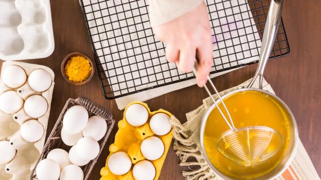 Пасха-2020: как покрасить яйца куркумой