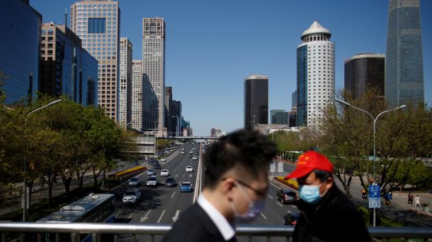 В Китай снова «привезли» новые случаи COVID-19: что о них известно