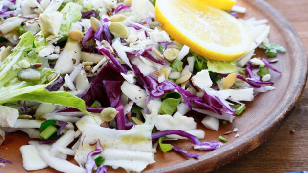 Салаты из капусты: ТОП-5 самых вкусных и полезных