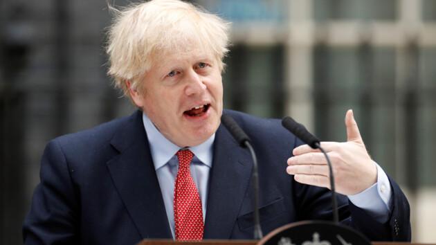 «Момент максимального риска»: Джонсон после победы над COVID-19 обратился к британцам