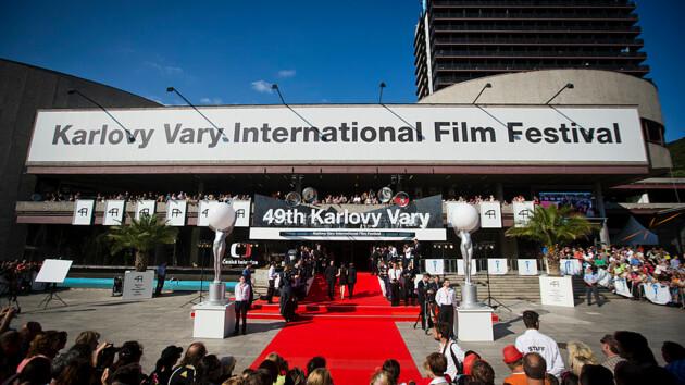 Международный кинофестиваль в Карловых Варах отменен из-за пандемии коронавируса