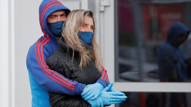 Коронавирус атакует Украину, за сутки сотни новых зараженных