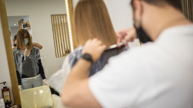 Работа салонов красоты во время карантина: Минздрав обнародовал новые правила