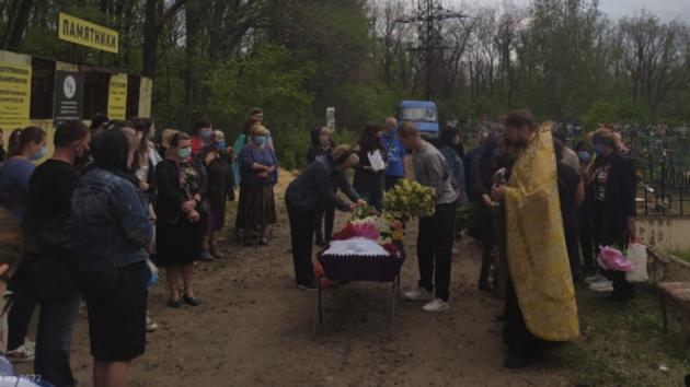 Похороны девочки, убитой под Харьковом: вспыхнул  скандал сбора денег