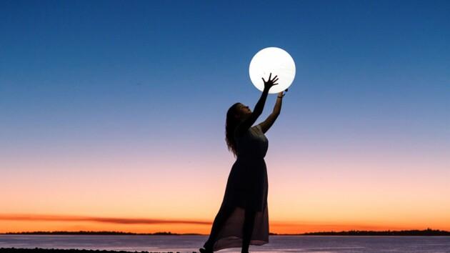 Полнолуние 7 мая: чем опасна Цветочная Луна, как себя вести и что нельзя делать