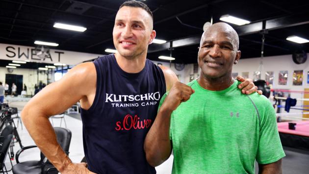 Не Тайсоном единым: Холифилд рассказал, будет ли драться с Кличко после возобновления карьеры