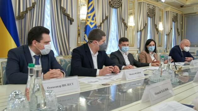 Интернет в каждую точку Украины: Зеленский провел совещание с операторами связи